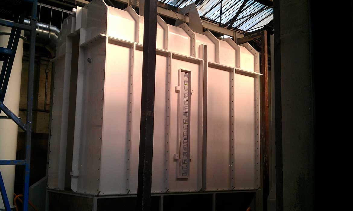 Polypropylene sectional dry powder spray booth