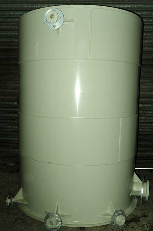 Polypropylene circular vessel